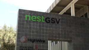 Vor dem Nest in Redwood City, Silicon Valley