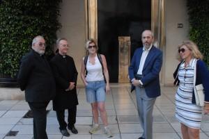 Lydia Ninz mit Papstfilmcrew in Buenos Aires, Foto Helmut Kasper