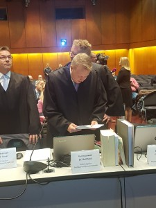 Die Kläger-Anwälte Stoll und Saurer in Aktion, Foto: VSV